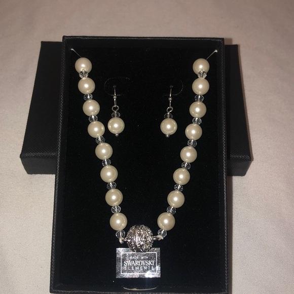 Swarovski Jewelry - NIB Swarovski Necklace & Earrings
